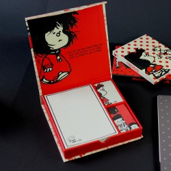 CAJA MAFALDA POST IT